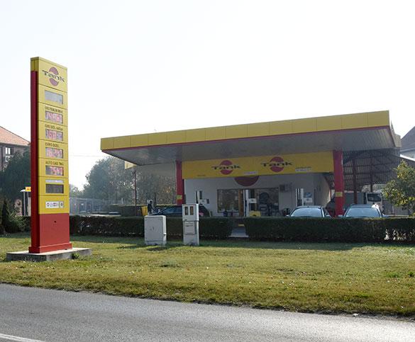 Benzinska pumpa TANK Pančevo